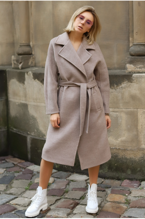Coat Kelly