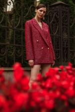 Suit Angela